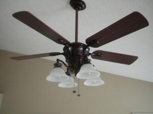 Stropní ventilátor