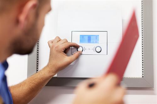 Praktické rady, jak mít doma teplo a neprodělat kalhoty?